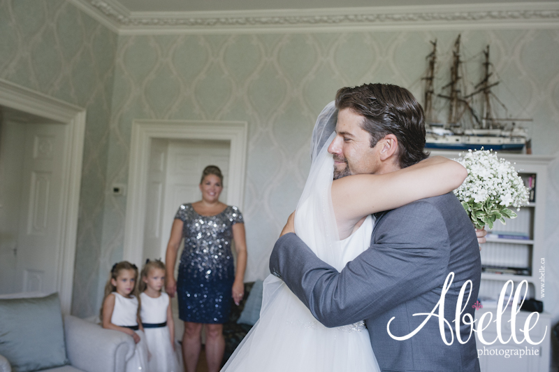 Beautiful wedding photographed by Abelle at Maplehurst Manor and Carriage House in Maitland, Ontario Canada