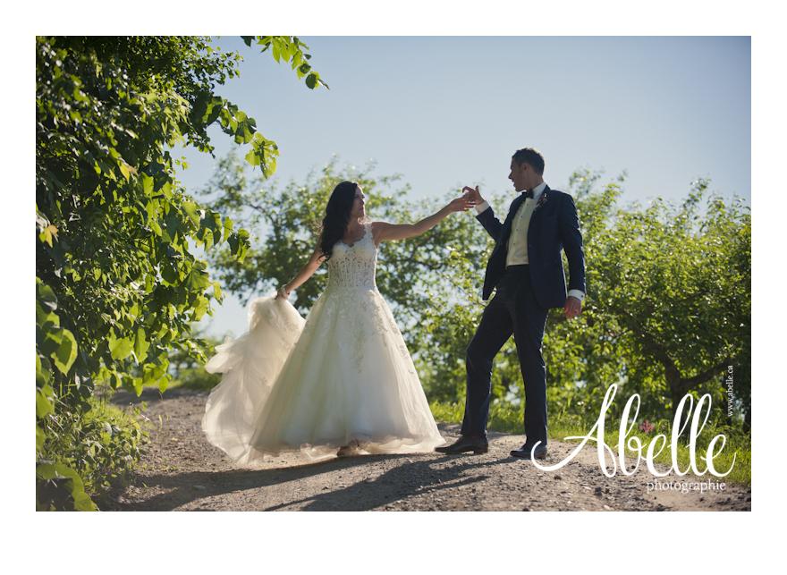 Wedding portrait photographer: Abelle.ca